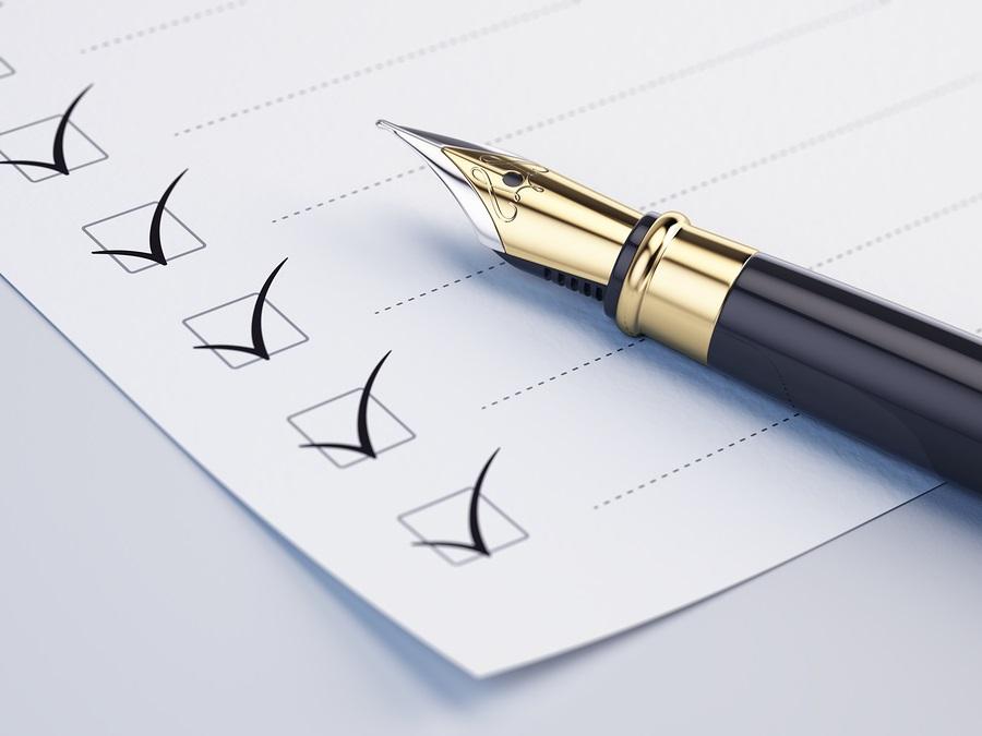 retirement planning Checklist concept - checklist, paper and fountain pen